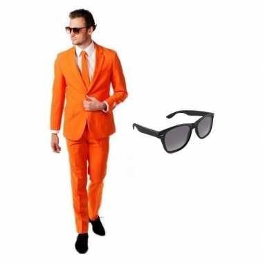 Originele oranje heren carnavalskleding maat (l) gratis zonnebril