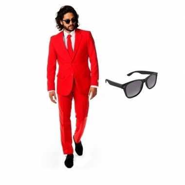 Originele rood heren carnavalskleding maat (l) gratis zonnebril