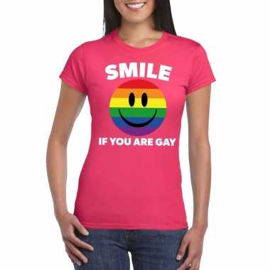 Originele smile if you are gay emoticon shirt roze dames carnavalskle
