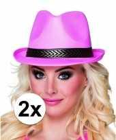 Originele x roze toppers trilby hoeden volwassenen carnavalskleding